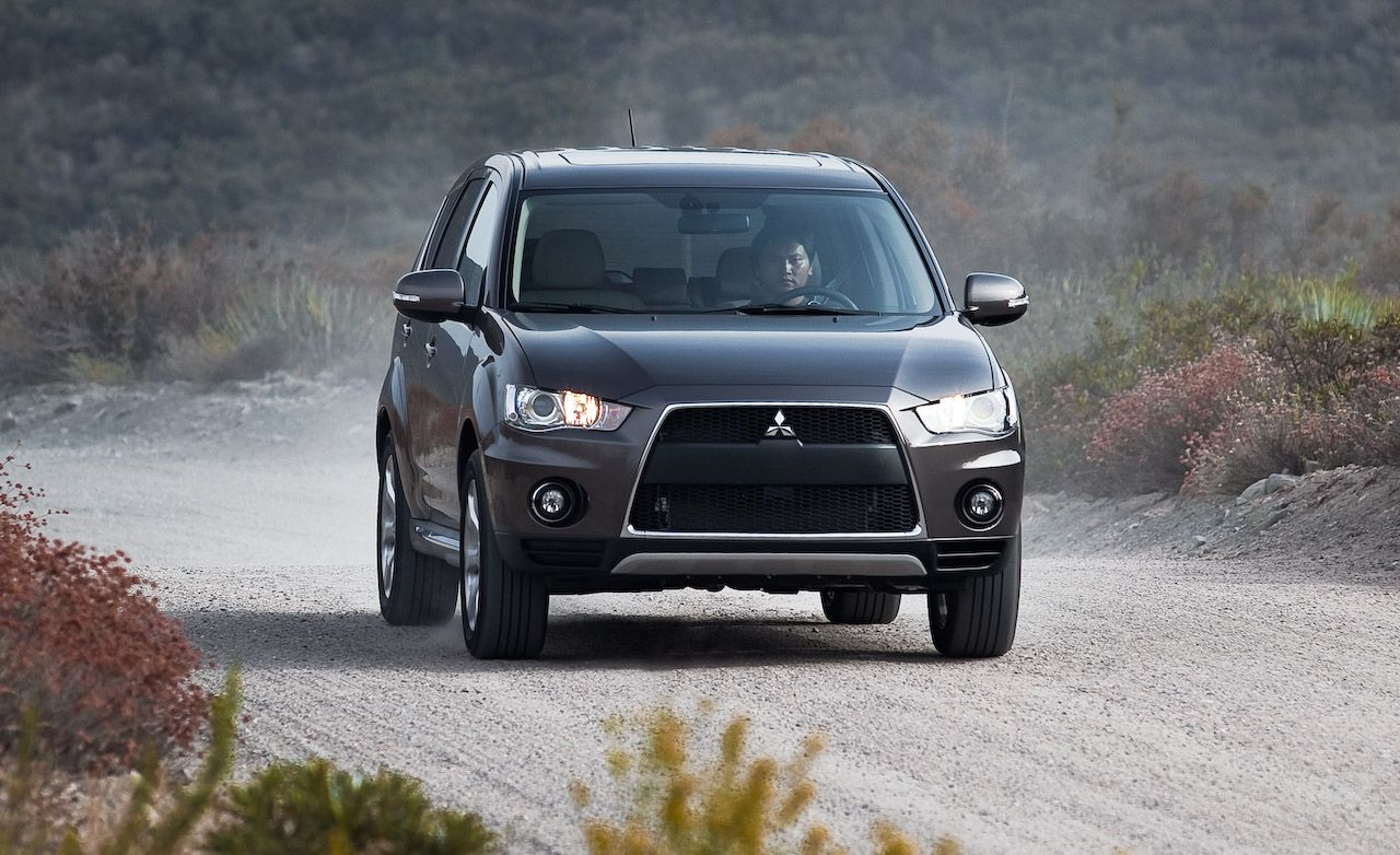 2010 Mitsubishi Outlander GT | Instrumented Test | Car and Driver