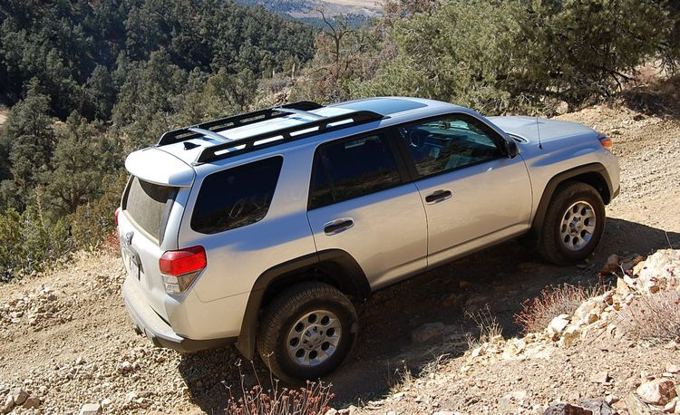 2014 toyota 4runner photos and info news car and driver. Black Bedroom Furniture Sets. Home Design Ideas