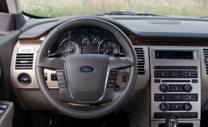 2010 Ford Flex Ecoboost - Slide 26