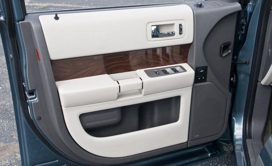 2010 Ford Flex Ecoboost - Slide 34