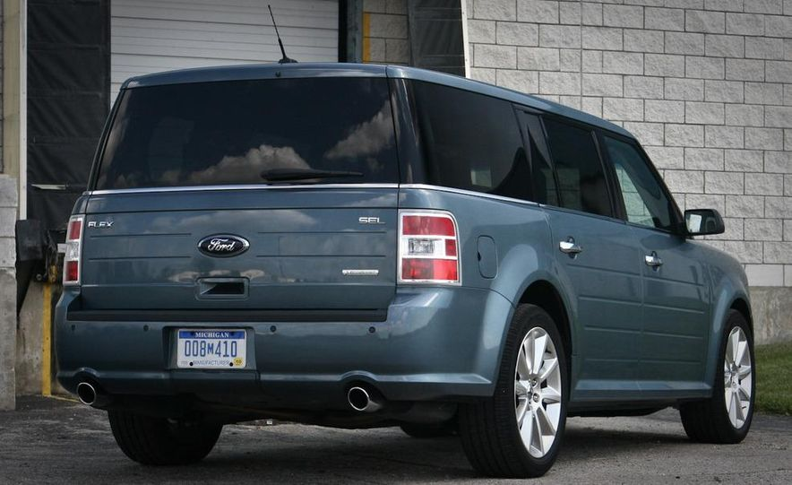 2010 Ford Flex Ecoboost - Slide 18
