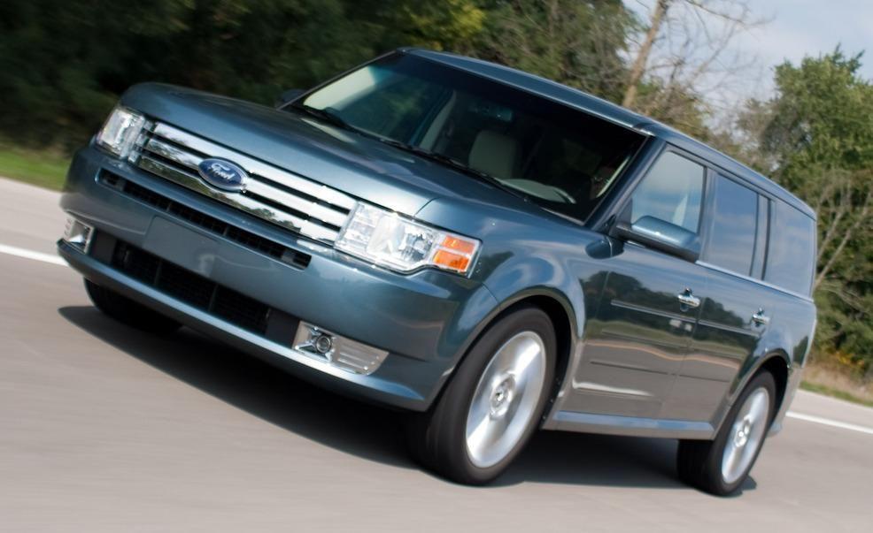 2010 ford flex ecoboost v6 instrumented test car and driver rh caranddriver com do ford flex come in manual transmission 2014 Ford Flex White
