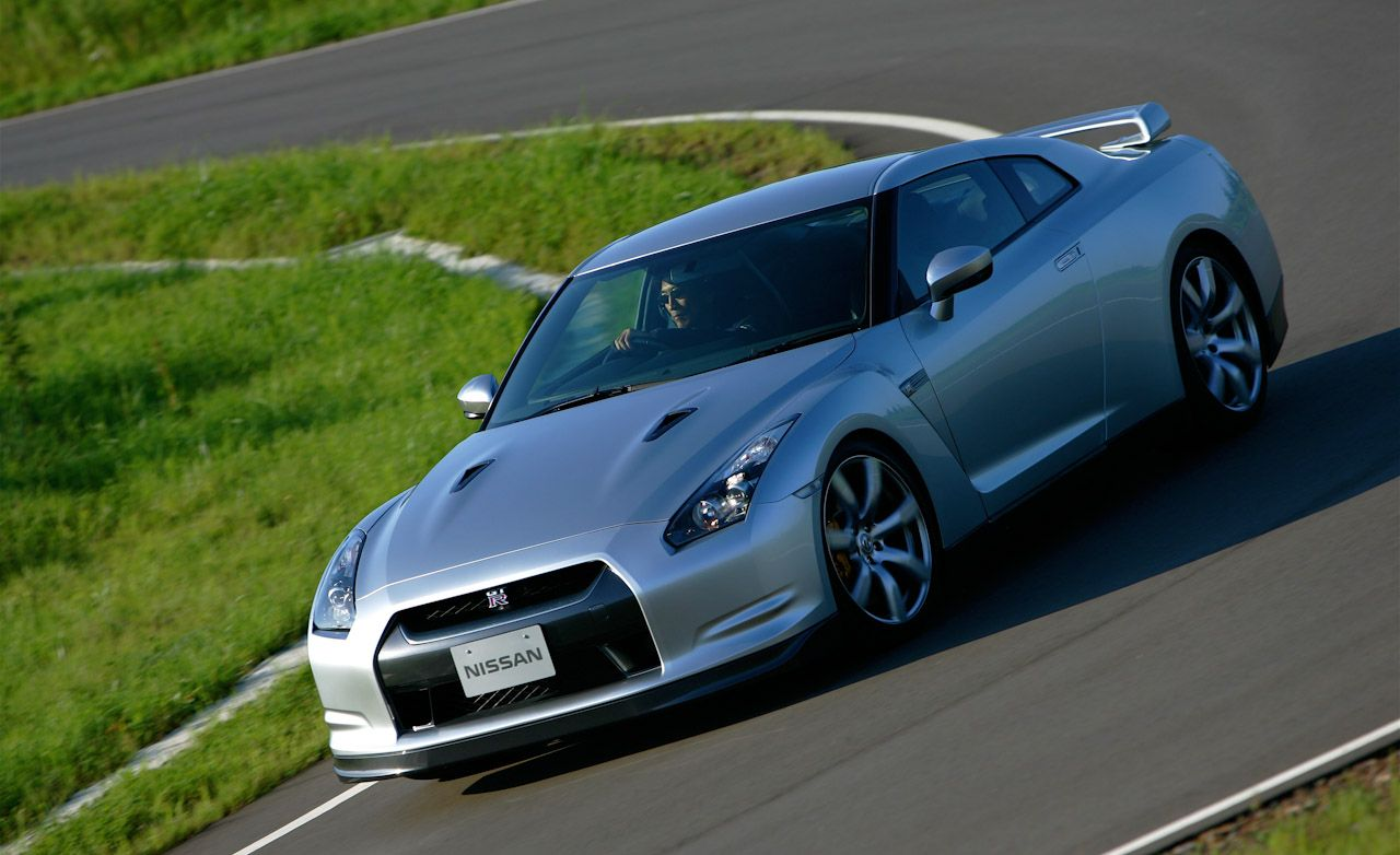 2010 Nissan GT-R Gets Its Launch Control Reprogrammed