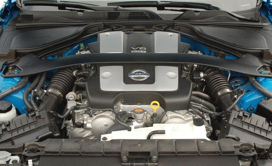 2009 Nissan 370Z coupe - Slide 25