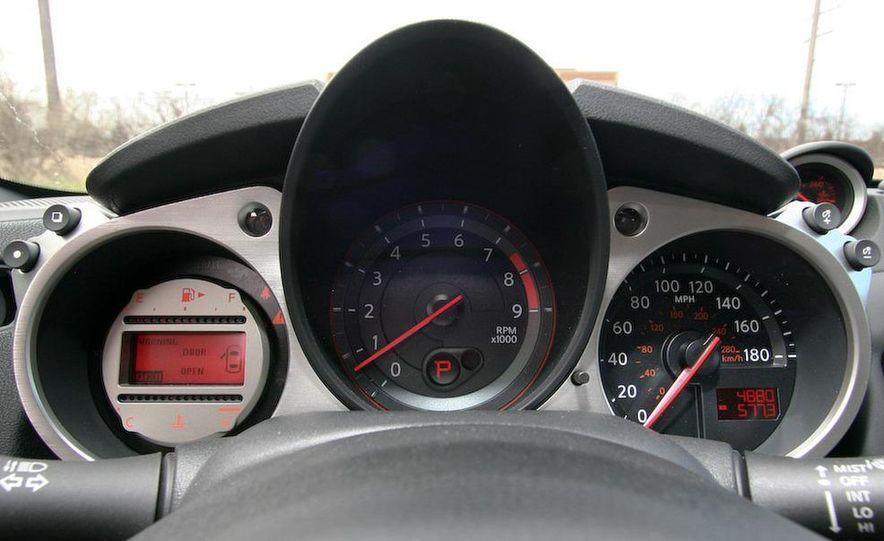 2009 Nissan 370Z coupe - Slide 41