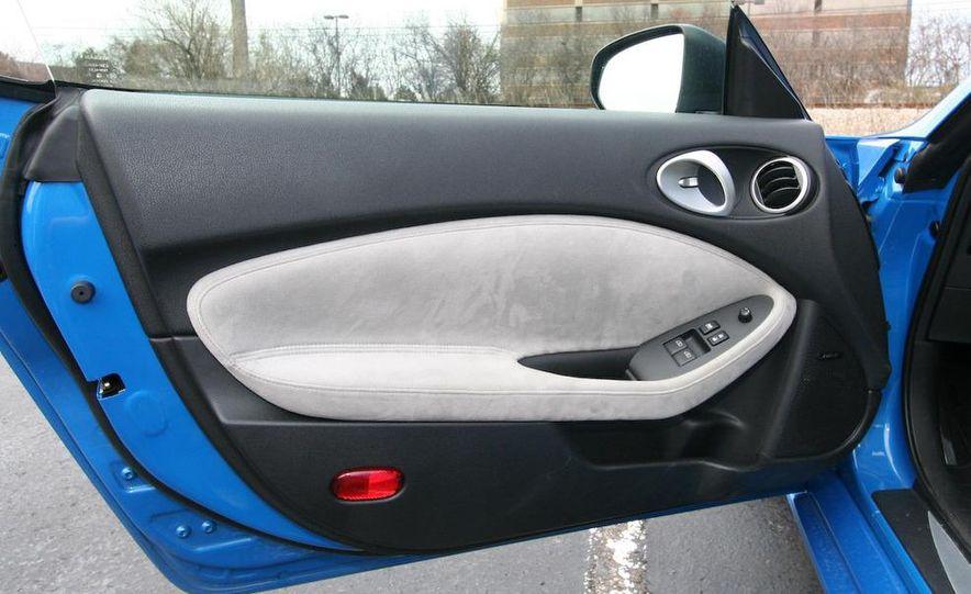2009 Nissan 370Z coupe - Slide 42