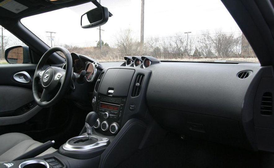 2009 Nissan 370Z coupe - Slide 35