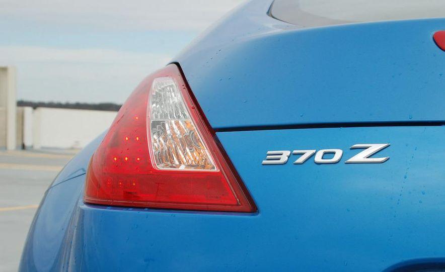 2009 Nissan 370Z coupe - Slide 58