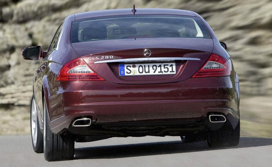 2011 Mercedes-Benz CLS-class (spy photo) - Slide 10