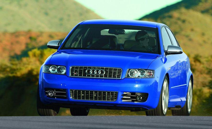 2005 Audi S4 Quattro sedan - Slide 8
