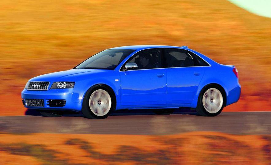 2005 Audi S4 Quattro sedan - Slide 10