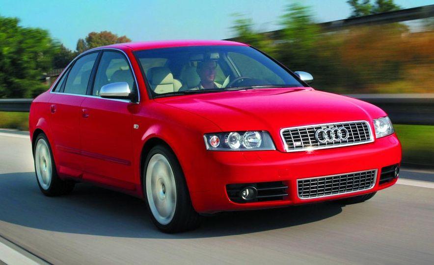 2005 Audi S4 Quattro sedan - Slide 3