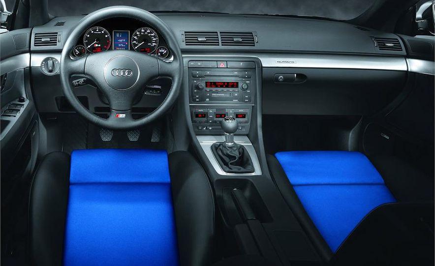 2005 Audi S4 Quattro sedan - Slide 12