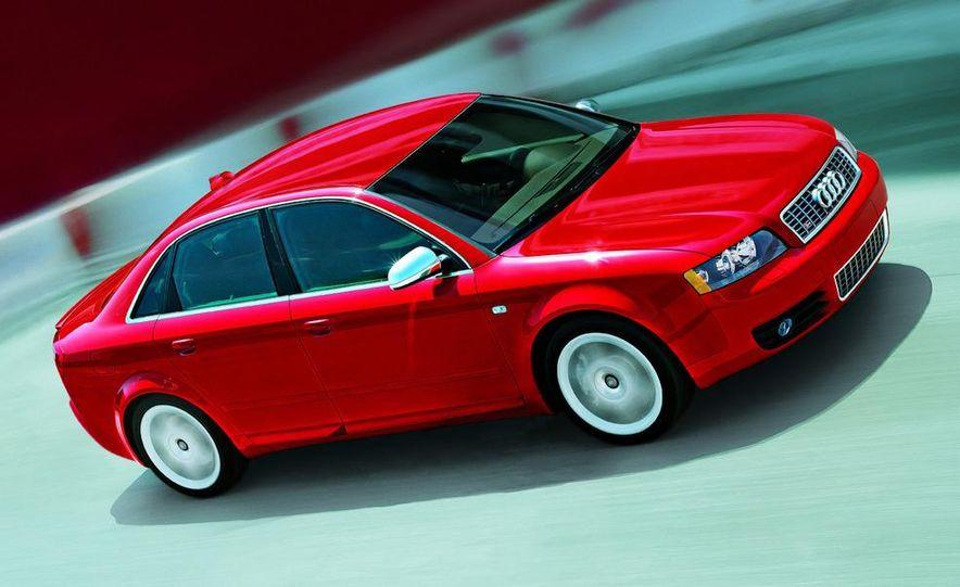 2005 Audi S4 Quattro sedan - Slide 2