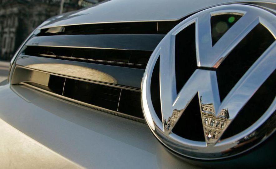 2010 Volkswagen Golf 2.5 - Slide 36
