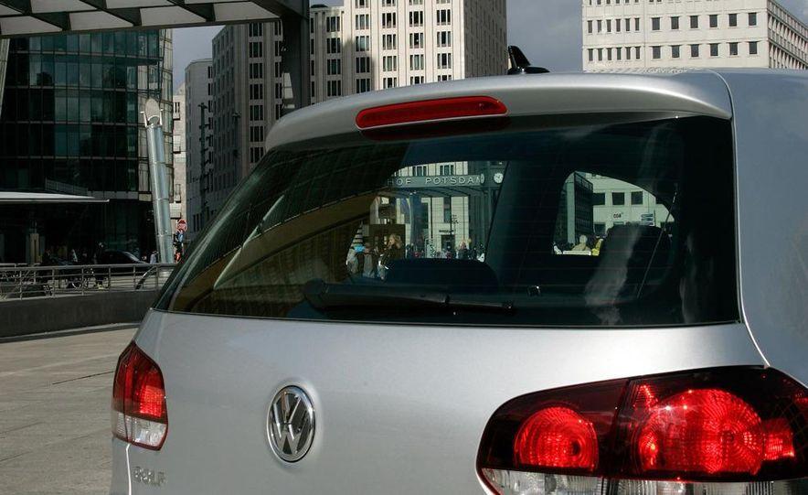 2010 Volkswagen Golf 2.5 - Slide 42