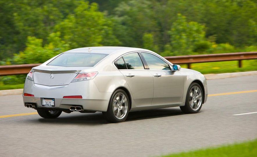 2011 Acura TL SH-AWD - Slide 5