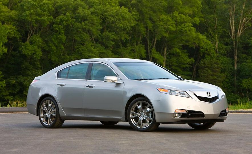 2011 Acura TL SH-AWD - Slide 11