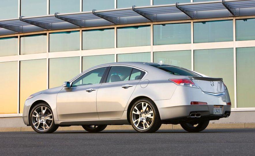 2011 Acura TL SH-AWD - Slide 17