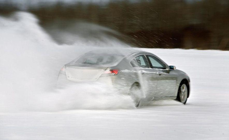 2011 Acura TL SH-AWD - Slide 22