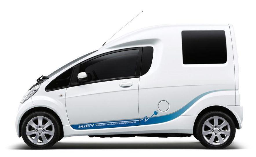 Mitsubishi i-MiEV Cargo concept - Slide 10