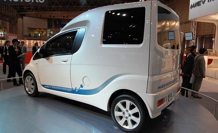 Mitsubishi i-MiEV Cargo concept - Slide 5
