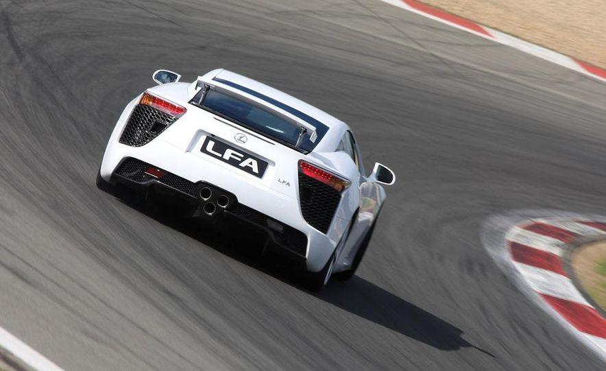 2012 Lexus LFA - Slide 12