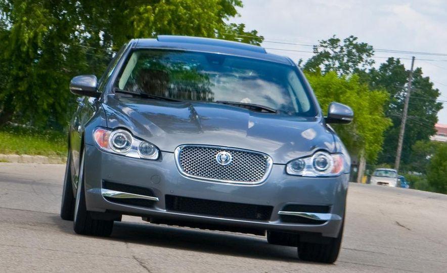 2010 Jaguar XF 5.0 Premium - Slide 1