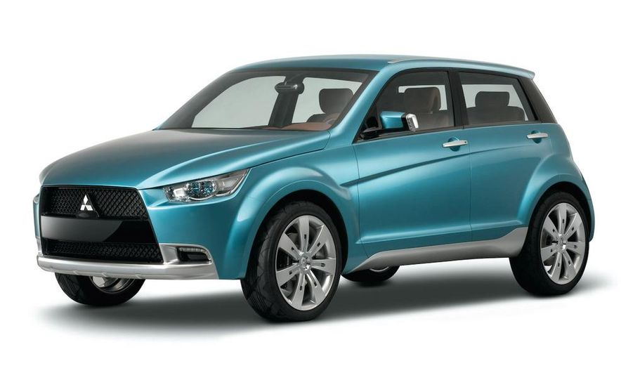 Mitsubishi compact crossover (artist's rendering) - Slide 2