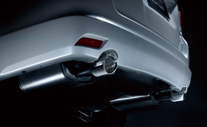 Subaru Exiga 2.0GT Tuned by STI - Slide 4