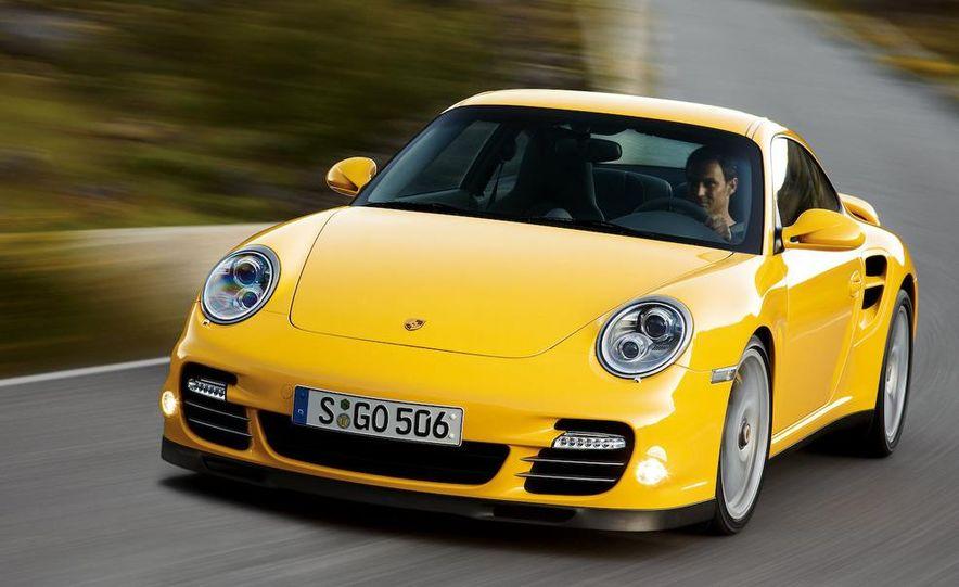 2010 Porsche 911 Turbo coupe - Slide 7