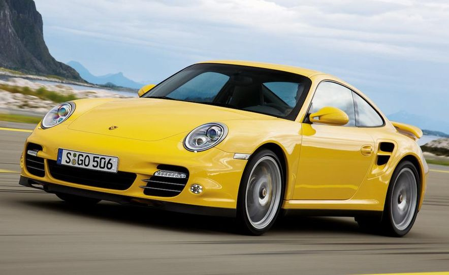2010 Porsche 911 Turbo coupe - Slide 10