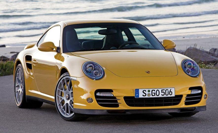 2010 Porsche 911 Turbo coupe - Slide 3