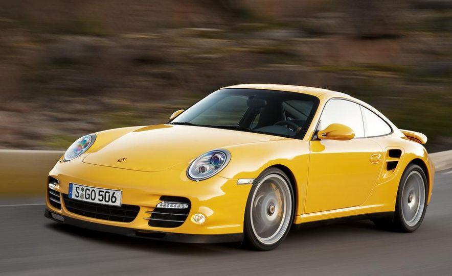 2010 Porsche 911 Turbo coupe - Slide 12