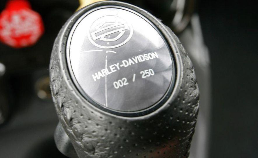 2009 International LoneStar Harley-Davidson Special Edition - Slide 44