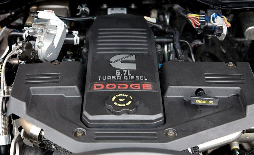 2010 Dodge Ram 3500 Heavy Duty - Slide 17
