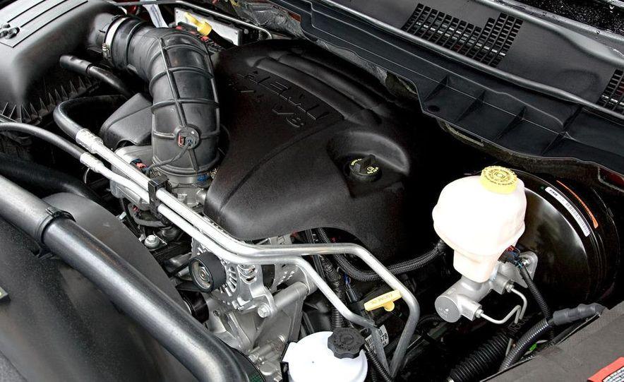 2010 Dodge Ram 3500 Heavy Duty - Slide 18