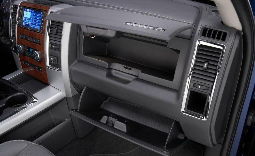 2010 Dodge Ram 3500 Heavy Duty - Slide 33