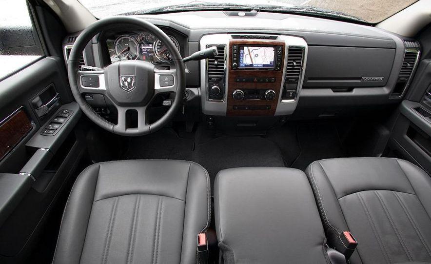 2010 Dodge Ram 3500 Heavy Duty - Slide 14