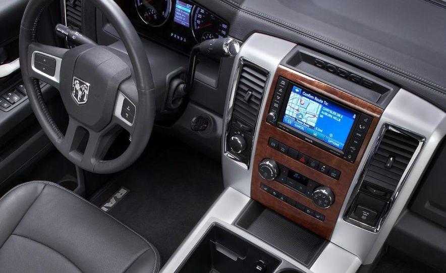 2010 Dodge Ram 3500 Heavy Duty - Slide 30
