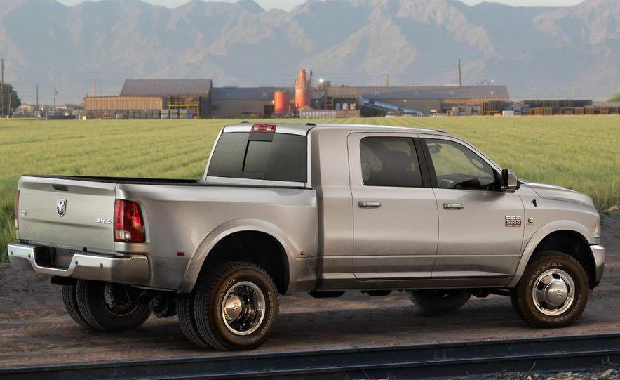 2010 Dodge Ram 3500 Heavy Duty - Slide 43