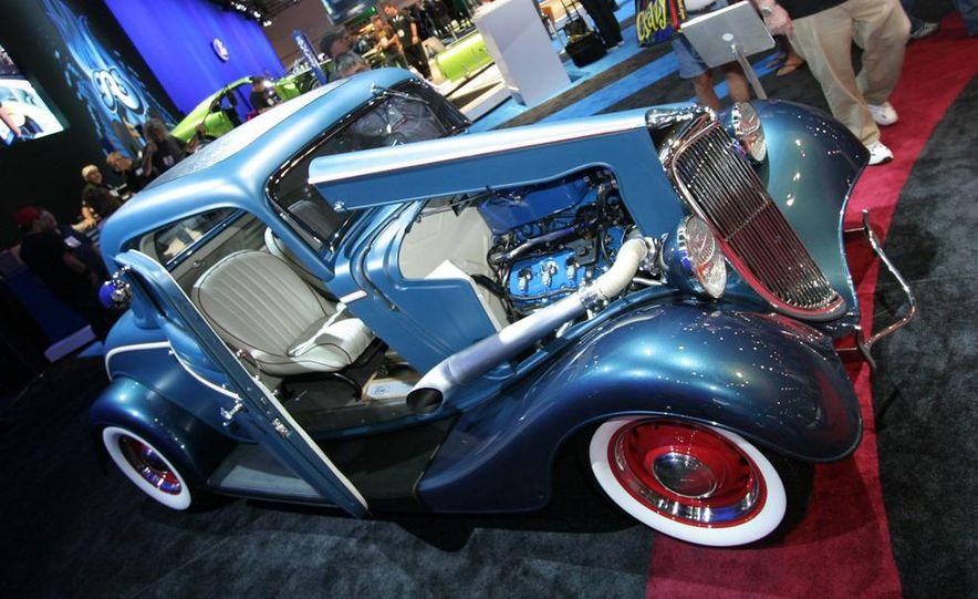 1934 Ford EcoBoost Hot Rod - Slide 1
