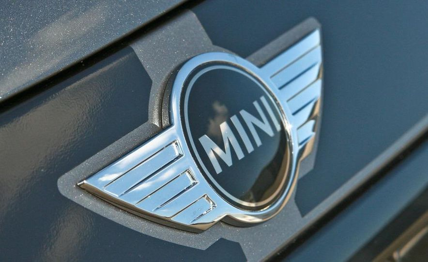 2009 Mini John Cooper Works convertible - Slide 54