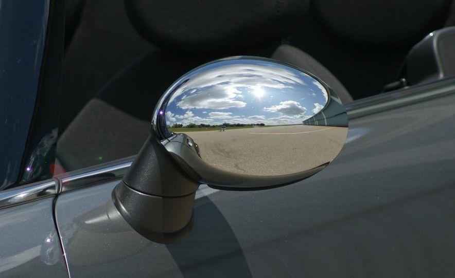 2009 Mini John Cooper Works convertible - Slide 51
