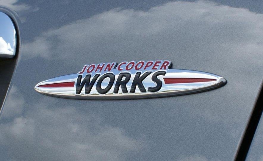 2009 Mini John Cooper Works convertible - Slide 44