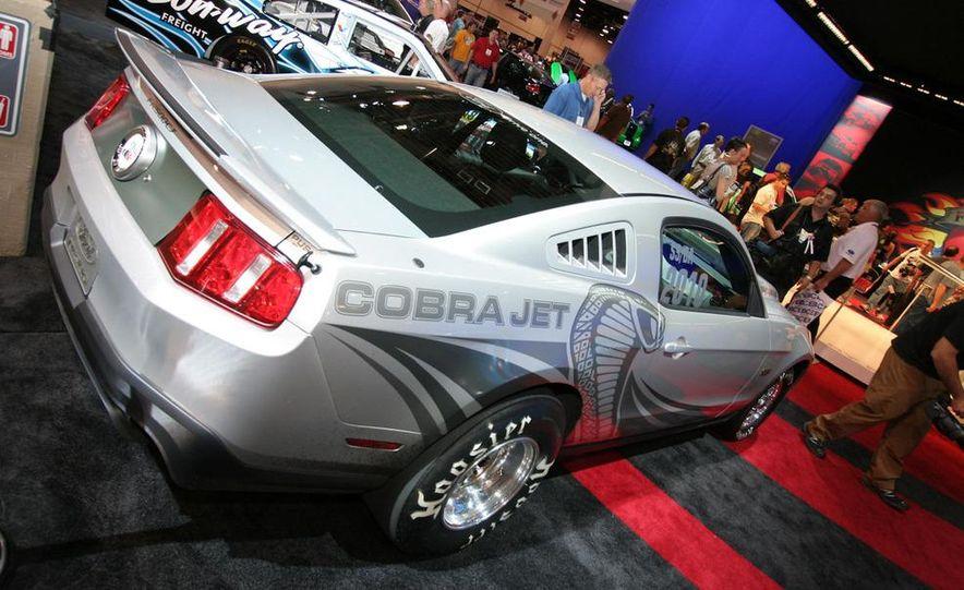2010 Ford Mustang Cobra Jet - Slide 3