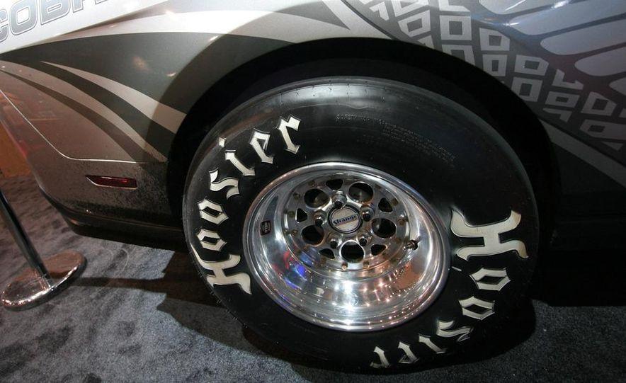 2010 Ford Mustang Cobra Jet - Slide 6