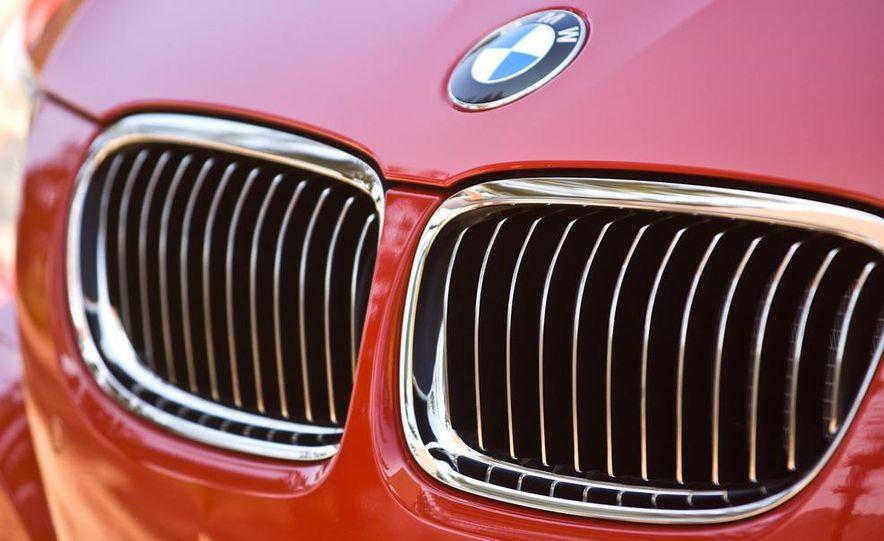 2010 BMW 335i xDrive sedan - Slide 21
