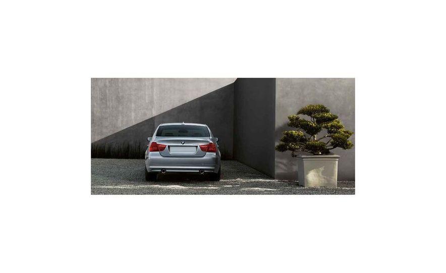 2010 BMW 335i xDrive sedan - Slide 7