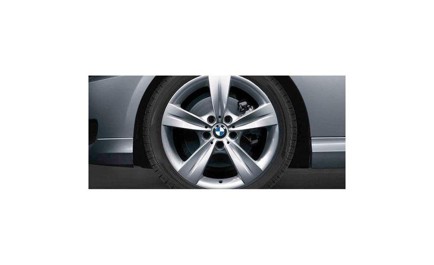 2010 BMW 335i xDrive sedan - Slide 10